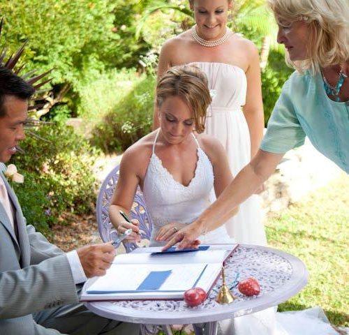 2011Tara And Jeffs Wedding Making It Legal In Writing